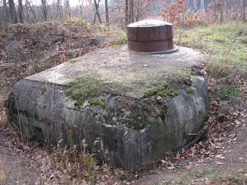 План и общий вид артиллерийско-наблюдательного пункта с бронебашней №504 в селе Горенки.
