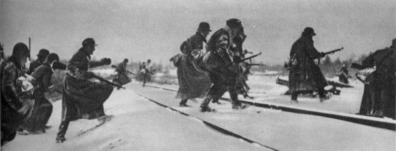 Бои за Кировскую железную дорогую.