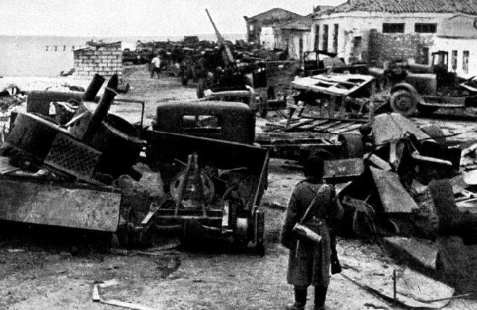 Керчь после захвата немцами. Июнь 1942 г.
