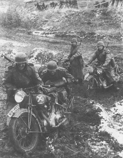Немцы у Можайской линии обороны. Октябрь 1941 г.