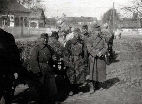 Венгерские солдаты на Украине. Весна 1943 г.