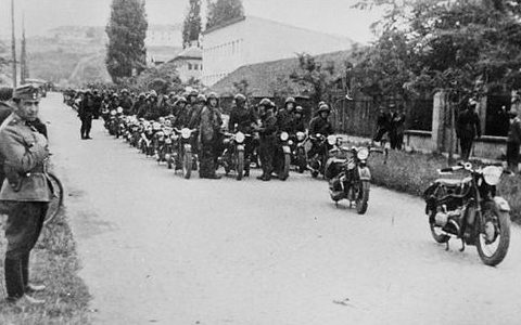 Венгерские мотоциклисты. 1939 г.