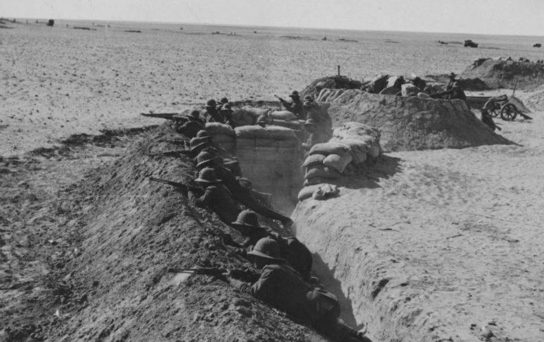 Итальянские солдаты в Северной Африке. 1942 г.