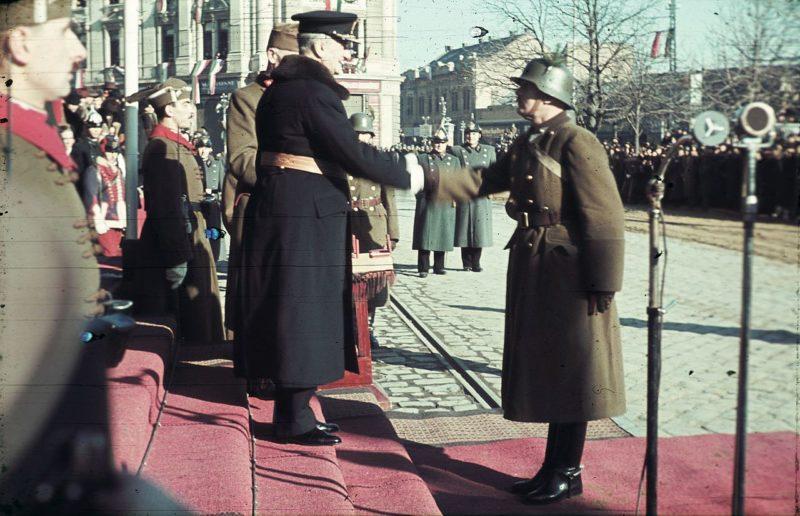 Адмирал Хорти на параде. Январь 1941 г.
