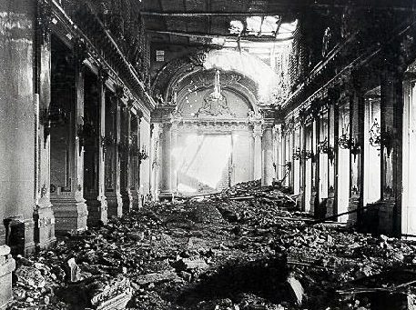 Развалины королевского дворца в Будапеште. 1944 г.