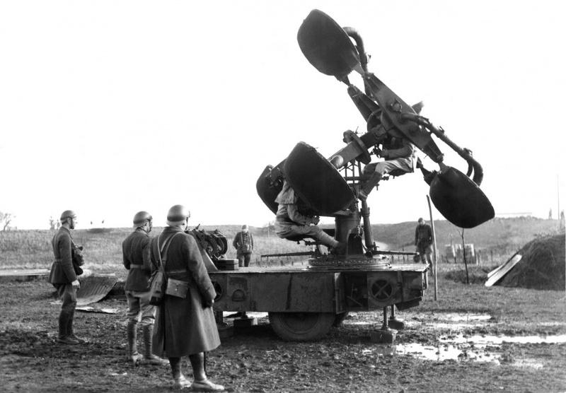 Экспериментальный французский акустический локатор. Январь 1940 г.