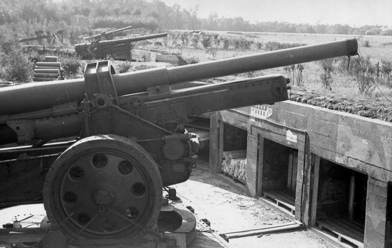 Немецкая береговая батарея в Кале. Август 1942 г.