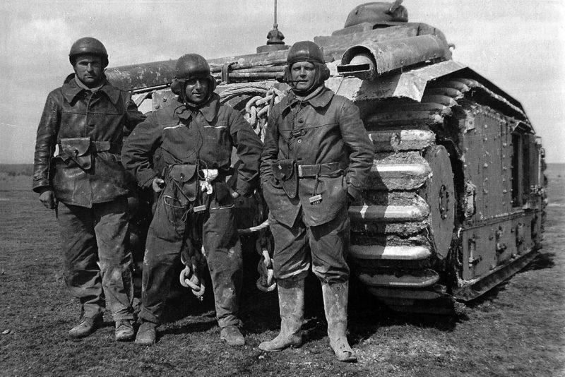 Экипаж французского танка Char B1 «Fleurie». Март 1940 г.