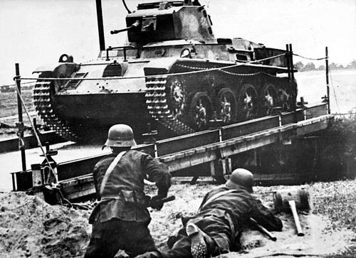 Легкий танк «Toldi 38M I» на Восточном фронте. 1941 г.