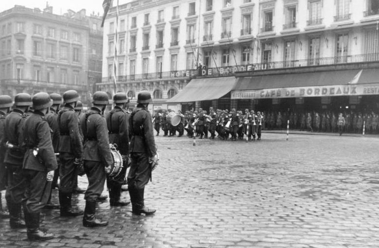 Немецкий оркестр в Бордо. 1942 г.