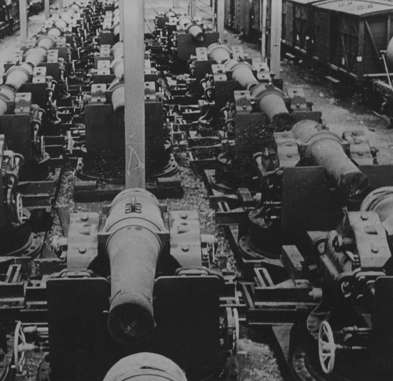Захваченные французские 270-мм мортиры особой мощности. Июнь 1940 г.
