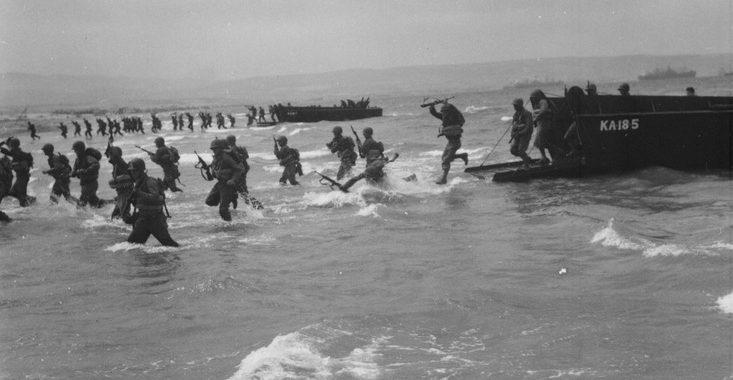 Тренировка американской пехоты во Французском Алжире. 1943 г.