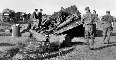 Венгерский грузовик, подорвавшийся на мине. Лето 1942 г.
