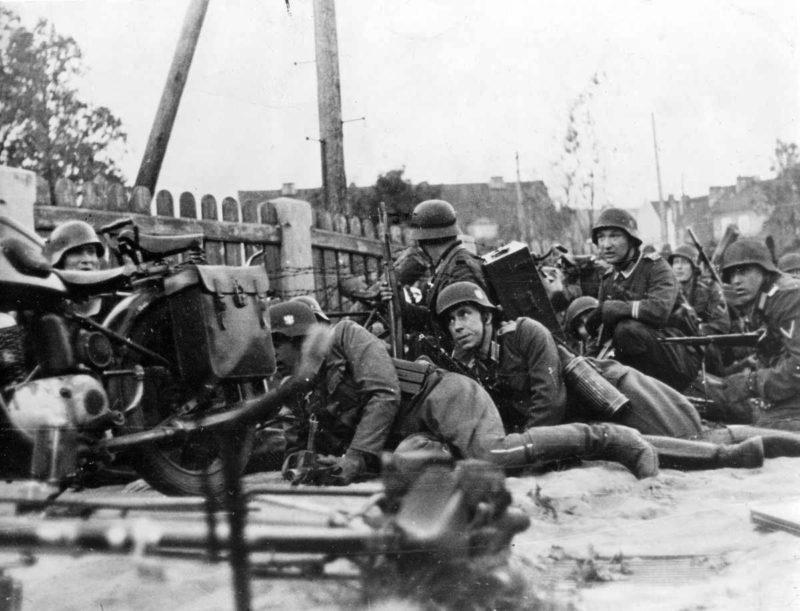 Бой во французском городке Седан. Июнь 1940 г.