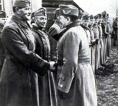 Венгерские генералы Густав Яни и Вилмос Надю в Алексеевке. 20 сентября 1942 г.