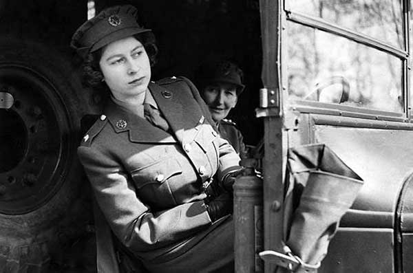 Принцесса Елизавета на военной службе. Апрель 1945 г.