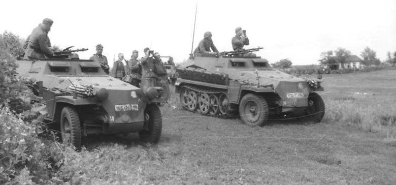 Немецкое разведывательное подразделение под Харьковом. Май 1942 г.