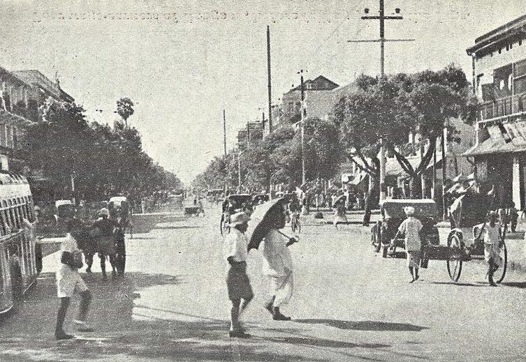 Улица Рангуна перед бомбардировкой.
