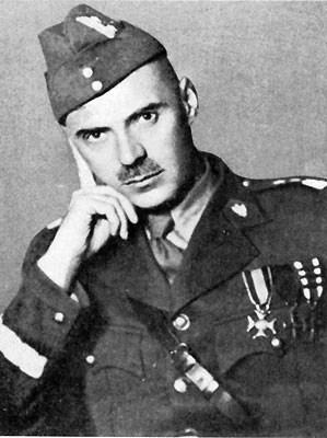Генерал В. Андерс в британской униформе.