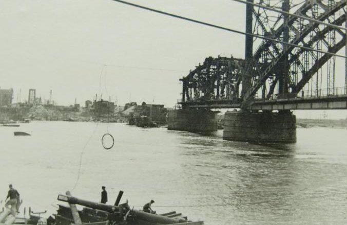 Взорванный Яблоновский ж\д мост.