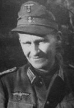 Гауптман (капитан) Хайнц Грот.