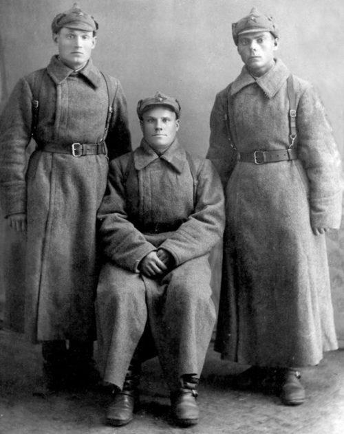 Бойцы конной артиллерии 17 Кавалерийского полка 11 дивизии ВВ НКВД. 23 февраля 1941 г.