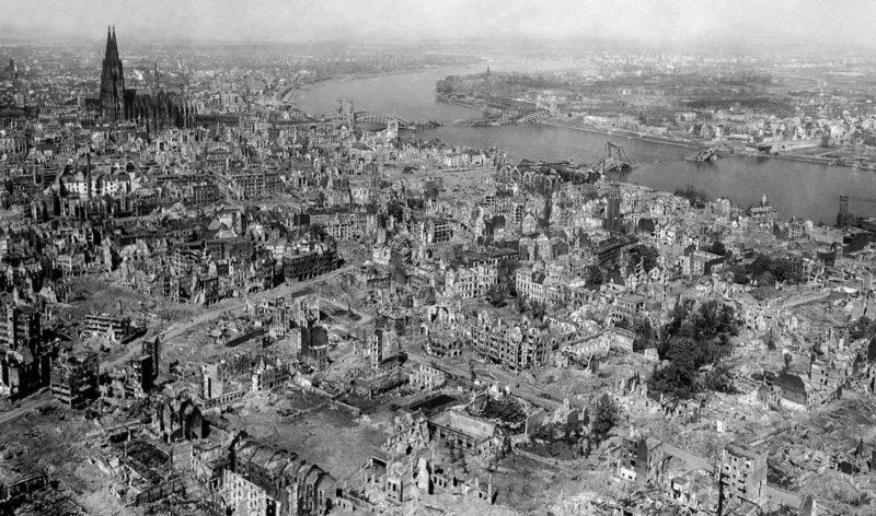 Кельн в 1945 году.
