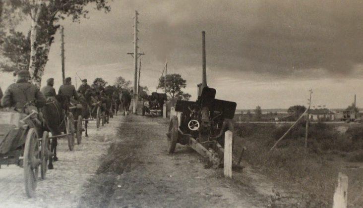 Немецкие войска в пригороде. Сентябрь 1941 г.