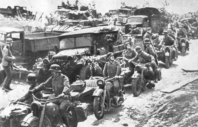 Немецкие войска на подступах к Ворошиловску. Август 1942 г.