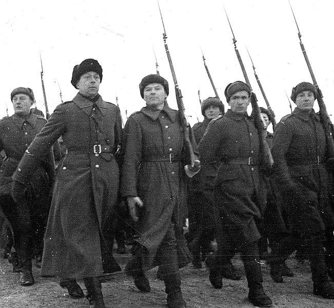 Парад польских частей «армии Андерса» в Бузулуке, декабрь 1941 года.