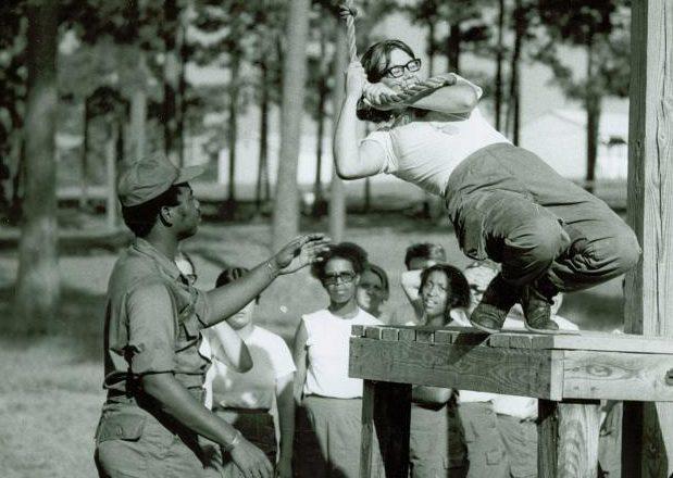 Физическая подготовка в школе WAАC. 1943 г.
