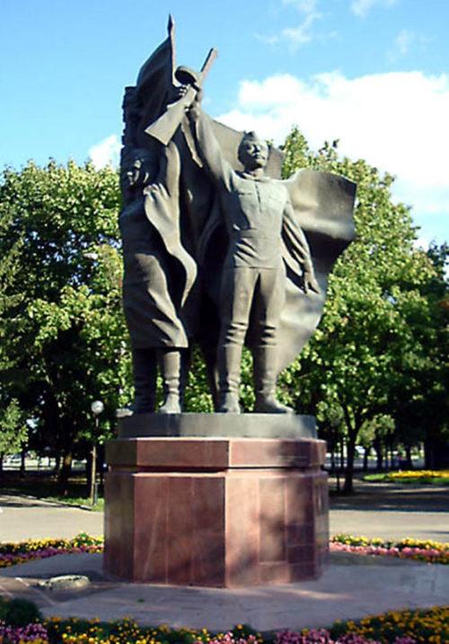 Скульптурная композиция «Победа».