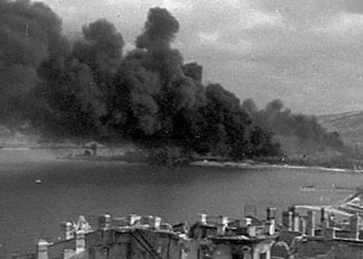 Пожар на нефтебазе. 1942 г.