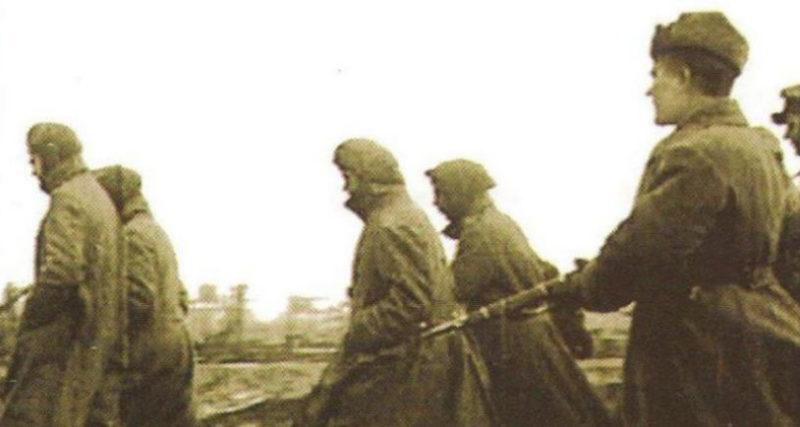 Пленные, захваченные в городе. Январь 1943 г.