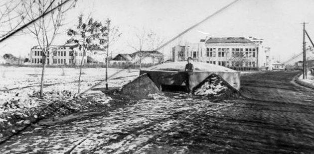 ДОТ на улице имени Х. Карашаева Декабрь 1942 г.