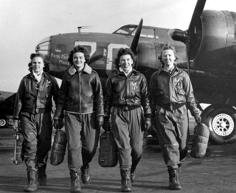 Пилоты WAC. 1943 г.