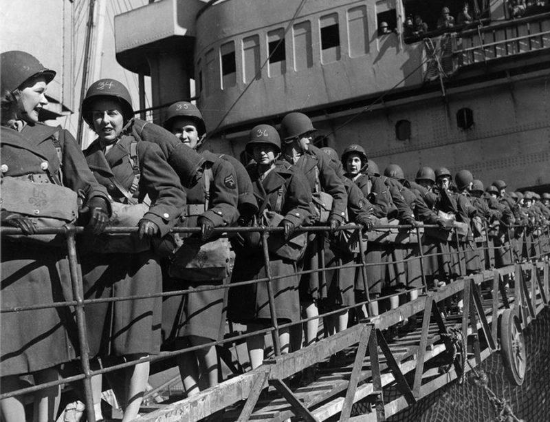 Военнослужащие WAC прибыли в Северную Африку. Апрель 1944 г.
