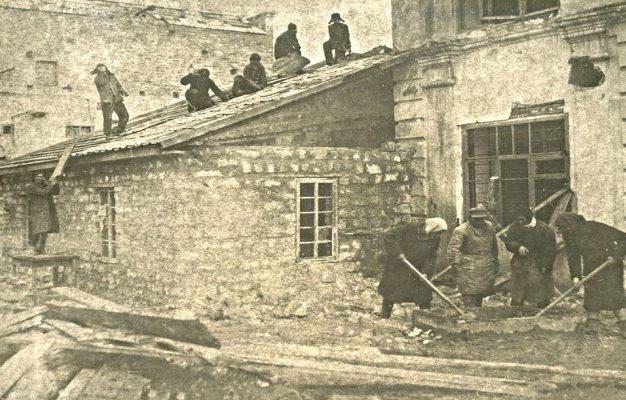 Восстановление здания швейной фабрики. Март 1943 г.
