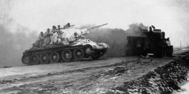 Танки Т-34 под Бердичевым. Январь 1944 г.