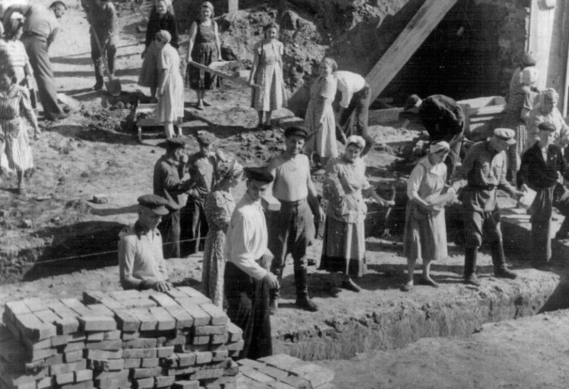 Восстановление города. Май 1943 г.