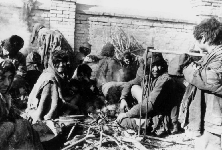 Тираспольские цыгане. 1944 г.