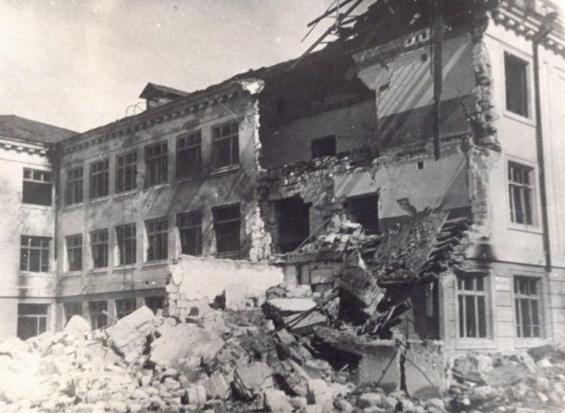 Здание школы №4. 1943 г.