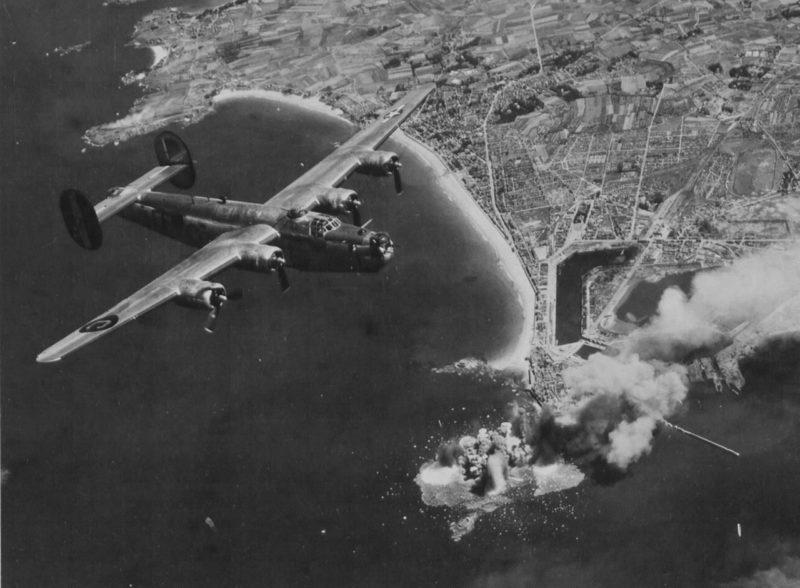 Воздушная бомбардировка Сен-Мало. Август 1944 г.