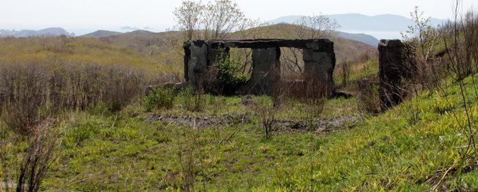 Остатки казармы на позиции «Дунай».