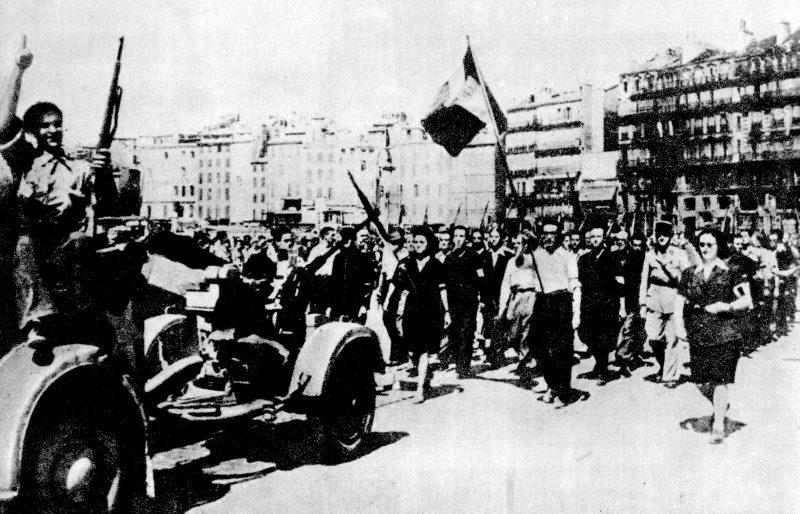 Парад партизан в освобожденном Марселе. Август 1944 г.