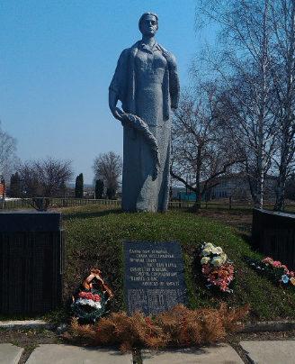 с. Верхняя Покровка Красногвардейского р-на. Памятник воинам-землякам, не вернувшимся с фронтов.