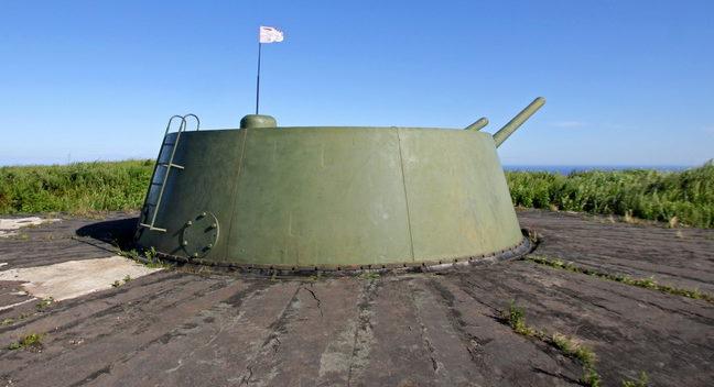Орудийная позиция 180-мм орудий.
