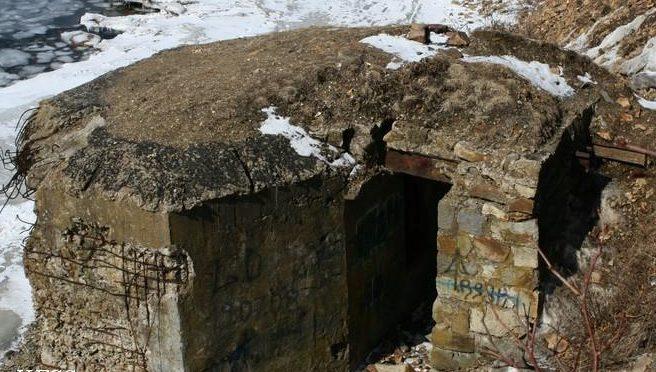 Двухамбразурный ДОТ №272 был построен в 1941 году в районе б. Горностай. Класс защиты - М-3.
