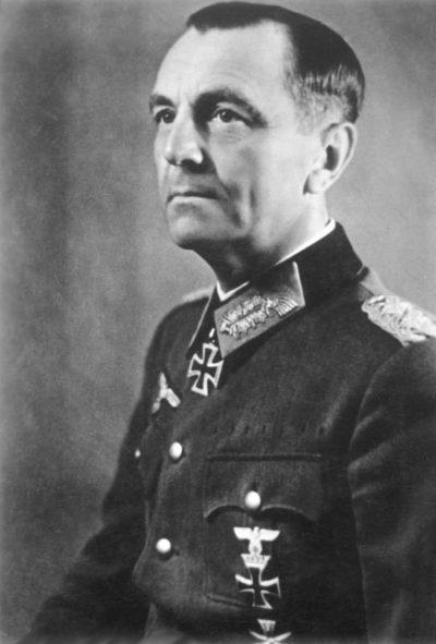 Фридрих Паулюс, 1942 год.
