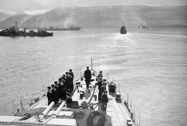 Корабли конвоя PQ-17 незадолго перед отправкой из Хвальфьорда, Исландия.